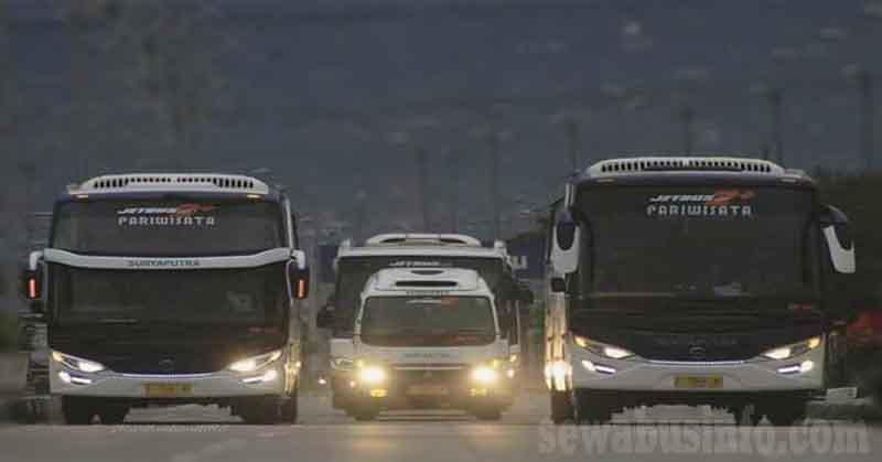 Bus Pariwisata Suryaputra